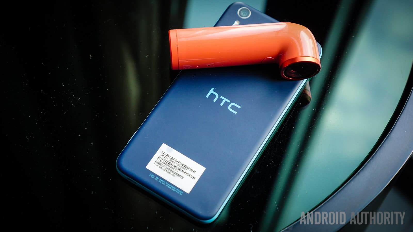 htc-desire-eye-and-re-first-look-aa-26-of-34