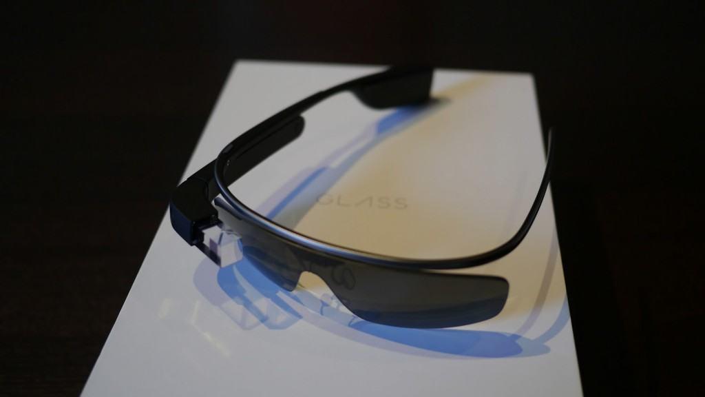 Google-Glass-Unboxing-4-1024x576