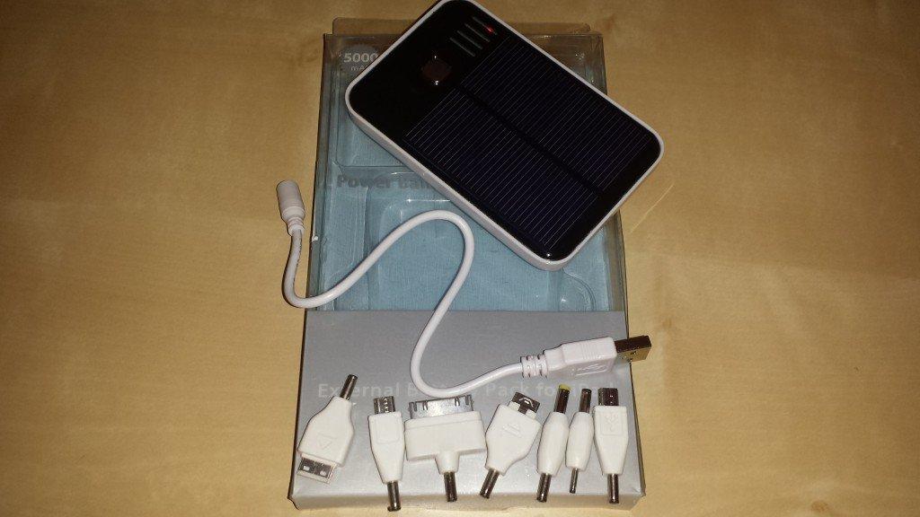 Batteria Esterna Solare da 5000 mAh (1)