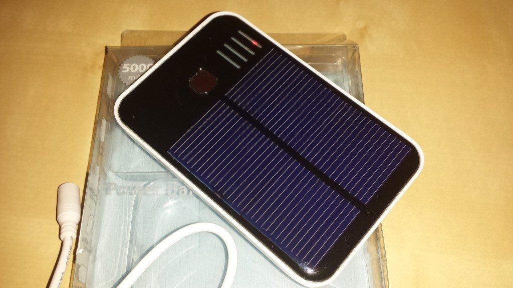 Batteria Esterna Solare da 5000 mAh (2)