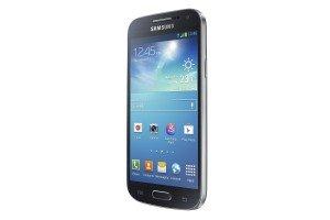 Annunciato-il-Samsung-Galaxy-S4-mini-caratteristiche-e-immagini-del-terminale-e-del-software-06_GT-I9190_Right-Perspective_black_Standard_Online