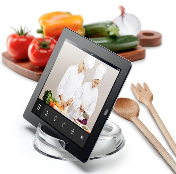 Cook stand di cellularline supporto per tablet da cucina - Elenco utensili da cucina ...