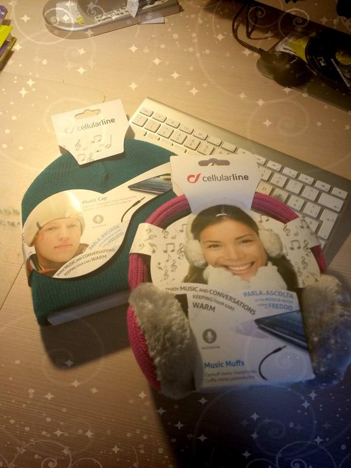 Fotor1224105647 Natale con YourLifeUpdated: vinci accessori CellularLine per il tuo smartphone e tablet