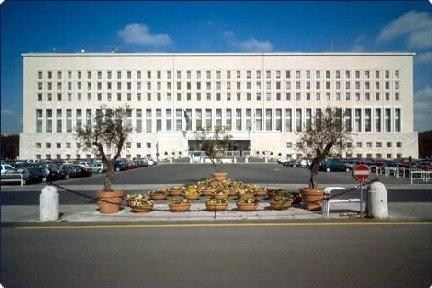 Offerte di Lavoro: Concorso pubblico per 35 nuovi segretari al Ministero degli Affari Esteri. Ecco come candidarvi!