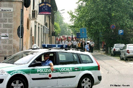 FotoArticoloPoliziaLocale