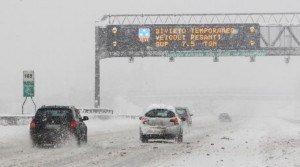 Guida-in-caso-di-neve-i-consigli-pratici-da-seguire-per-non-avere-problemi-300x167