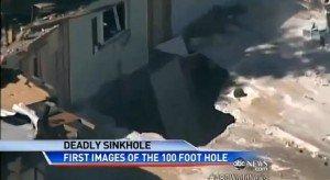 Voragine-si-apre-nel-terreno-e-inghiotte-una-casa-morto-un-uomo-in-Florida-300x164