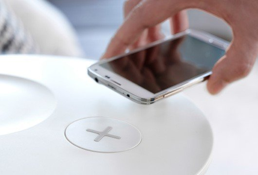 carica-batteria-wireless-ikea1