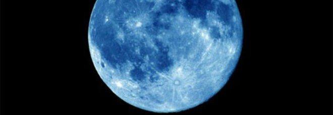 20150730_attenzione-arriva-la-luna-blu