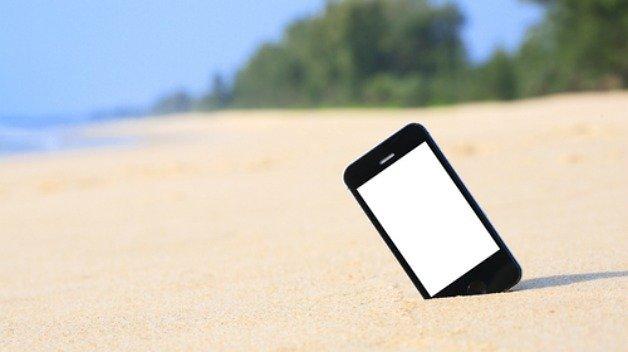 beach-smartphone-w628