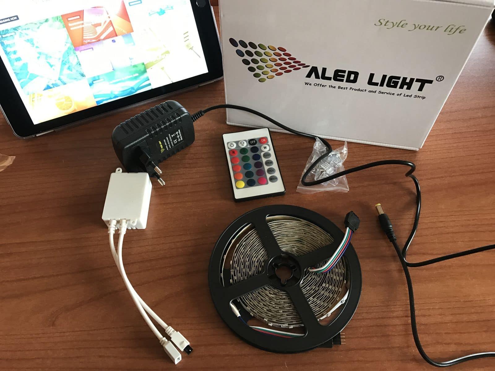 Recensione aled light striscia led 5m con 300 led da interni - Strisce a led per interni ...