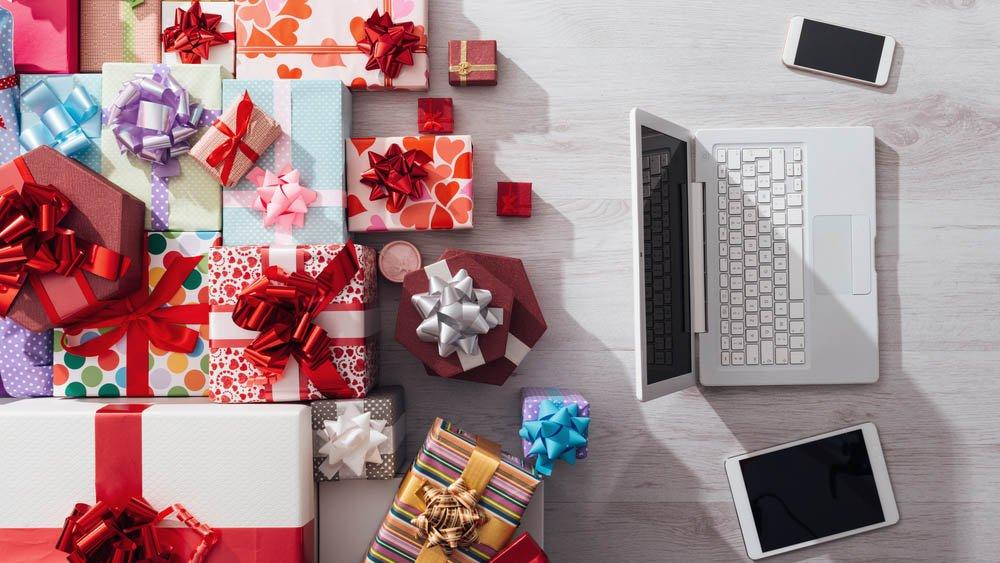 b28578c648 Altra puntata con le idee per fare regali tecnologici con un budget tra 100  e 200 euro, quindi potrete fare già bei regali con smartphone, tablet, ...