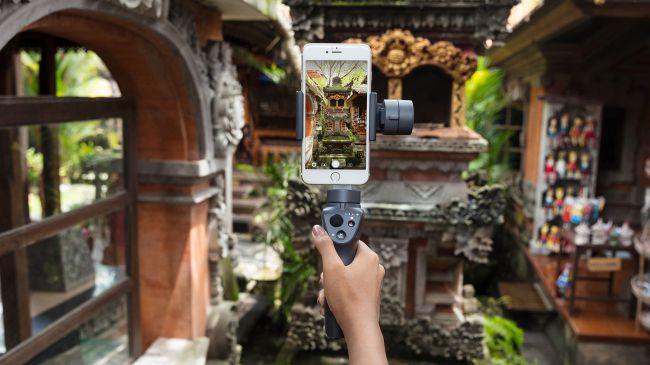 [CES 2018] DJI presenta Osmo Mobile 2, uno stabilizzatore più economico