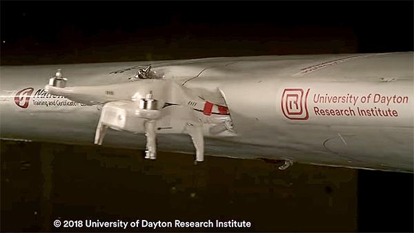 Drone Contro Aereo: Cosa Succede?