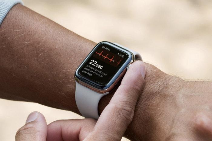 ECG su Apple Watch 4