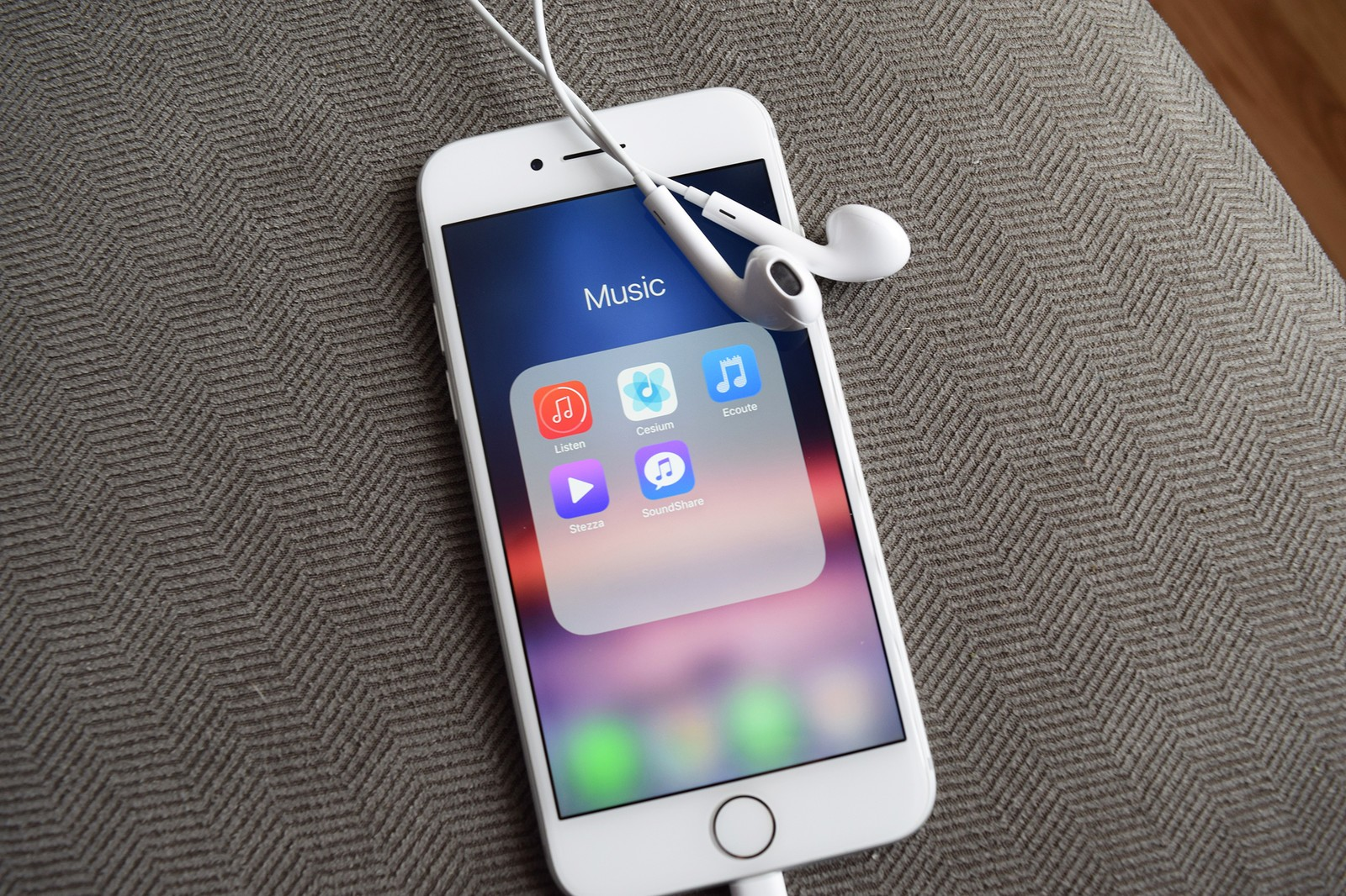 Come scaricare musica su iPhone senza iTunes