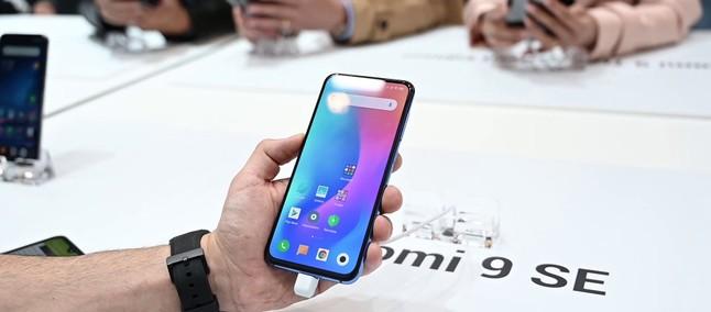 bce60fcee Xiaomi Mi 9 SE prezzo più basso