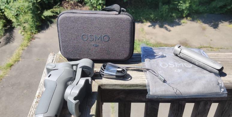 DJI Osmo Mobile 3_4