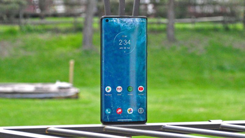 Motorola Edge recensione